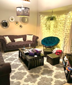 Long term rental - Airy room in a beautiful  home