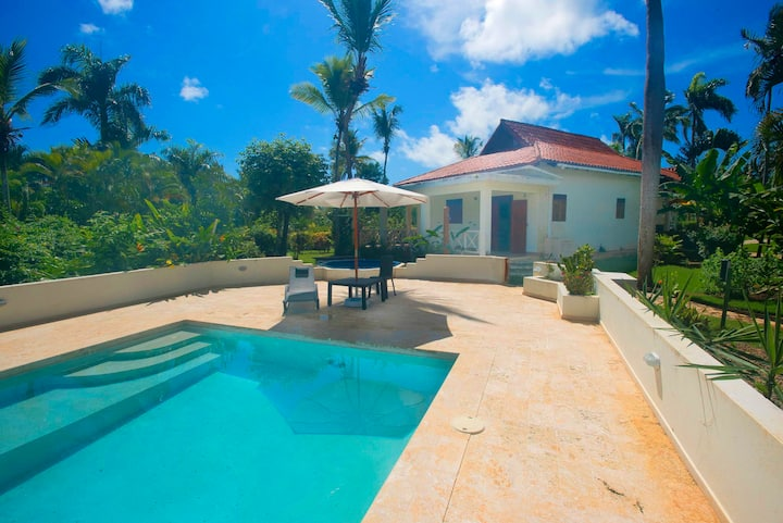 3 Bedrooms Villa Diana Close to the Beach
