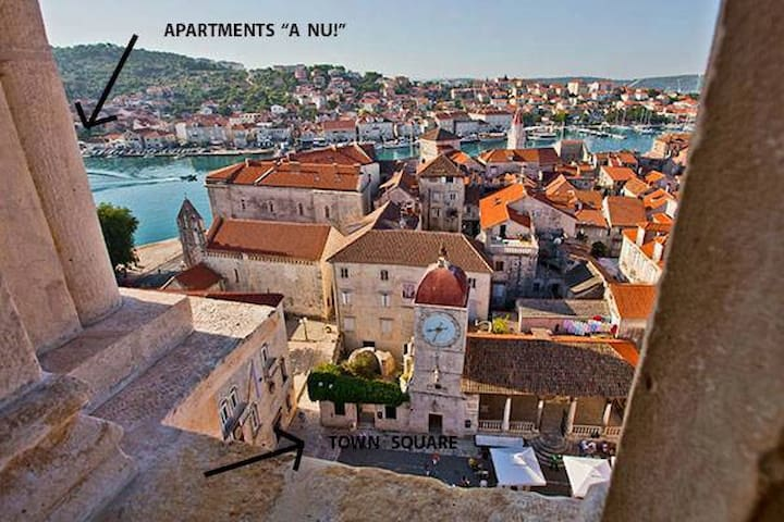 """A Nu!"" - 4* Studio just by Trogir center - Trogir - Casa"
