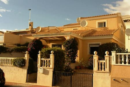 3 bedroom Villa with Sea views - Mazarrón