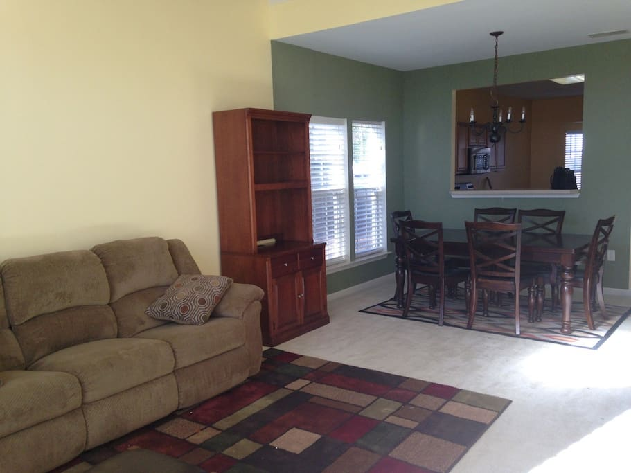 Free access to shared living room with cable TV and the dining room.