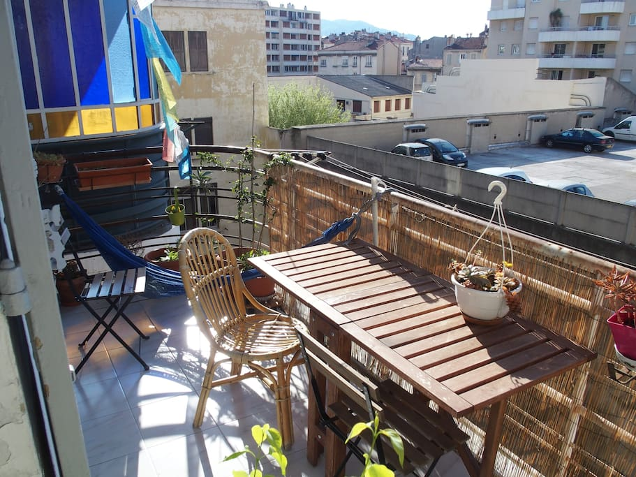 Le balcon ensoleillé...