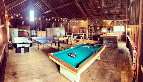 1880s Game Barn& TinyHouse,w/2 Bars in SkiCountry!