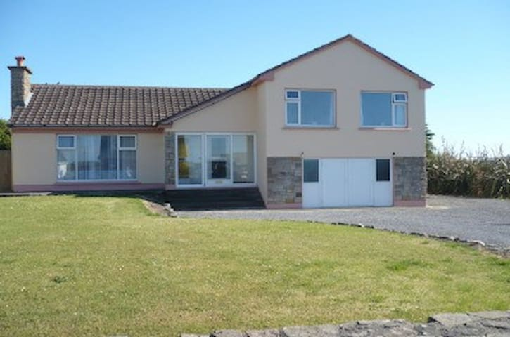 4 bedroom house in Spanish Point - Miltown Malbay - Dům