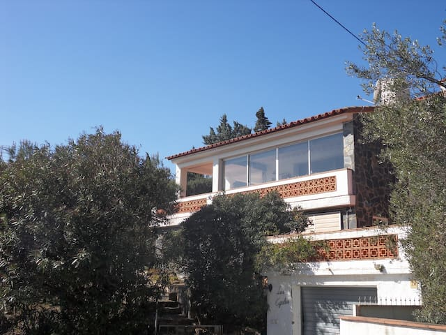 Agréable villa individuelle vue mer - Llançà - Huis