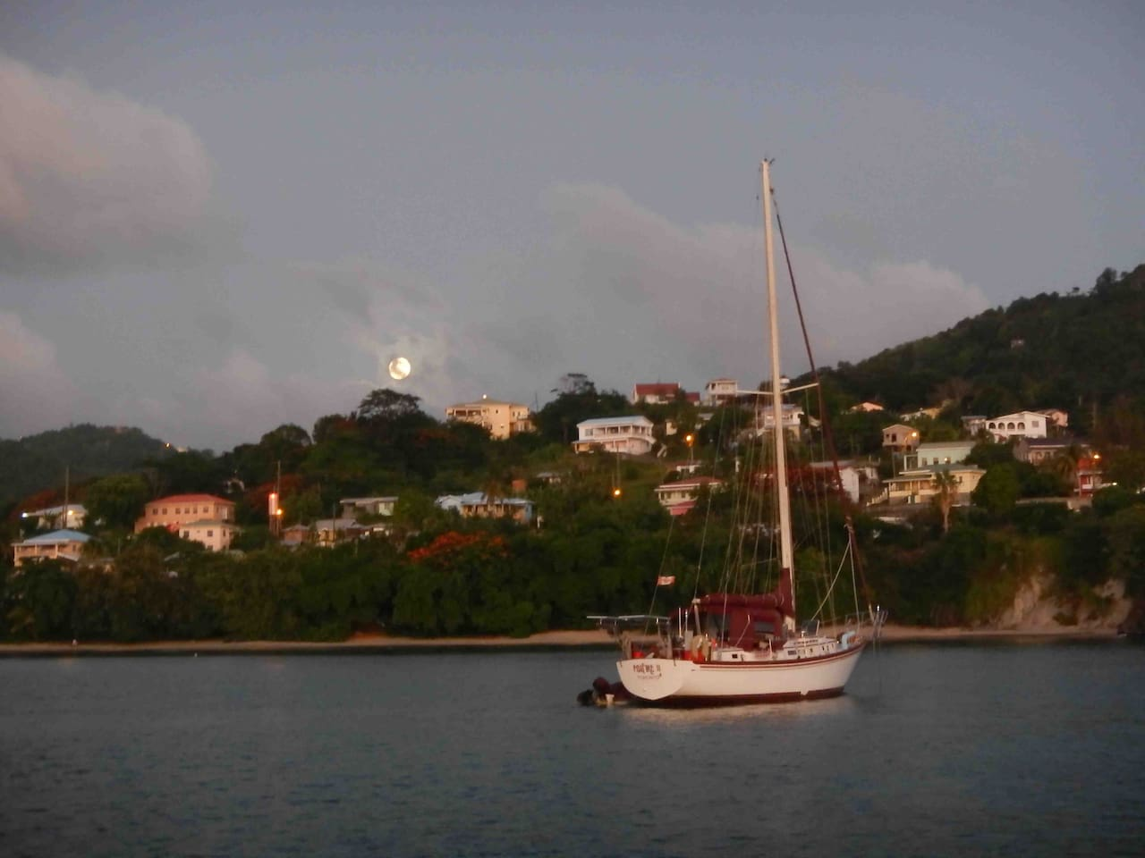 Grenada, Full Moon Rising