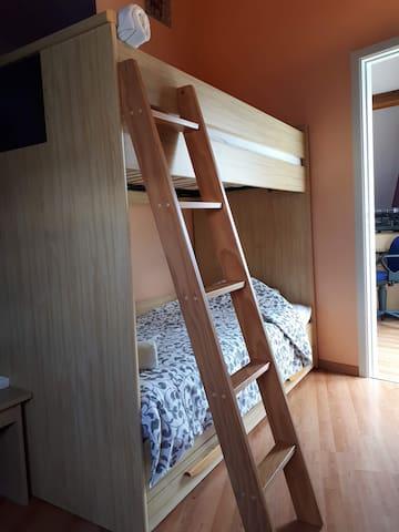 chambre 3, lits superposés