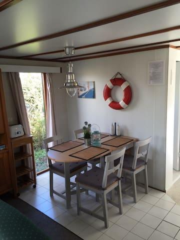 Freistehendes Ferienhaus Ijsselmeer - Wervershoof