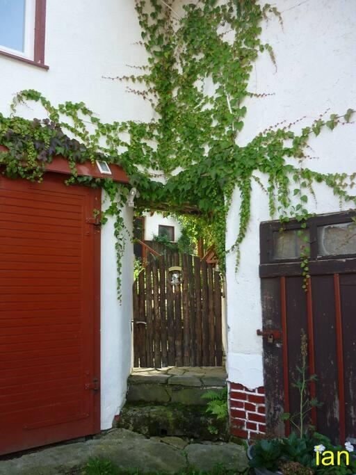 Eingang Garten/Ferienwohnung