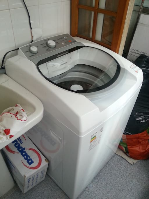 washing machine available to guests