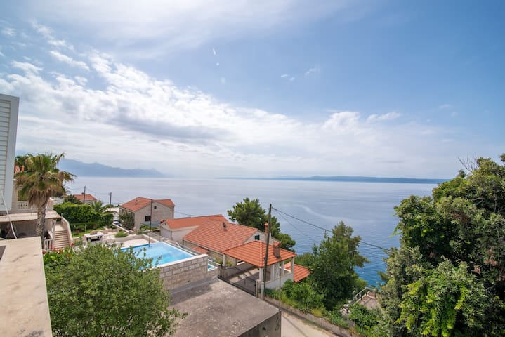 Apartments Neva- Standard Two Bedroom Apartment with Terrace and Sea View