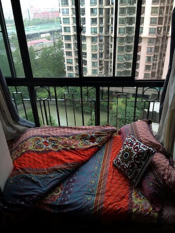 Room in lovely shared flat (12F) close to downtown - Xangai