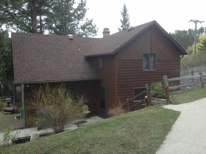 Deadwood Home Retreat