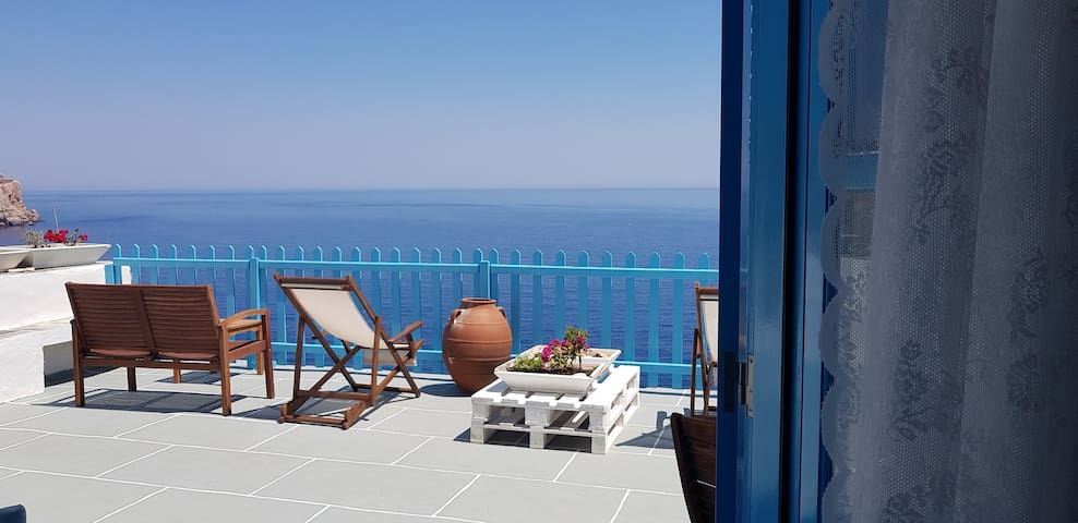 Aegean Eye Triple Premium Studio Amazing Sea View