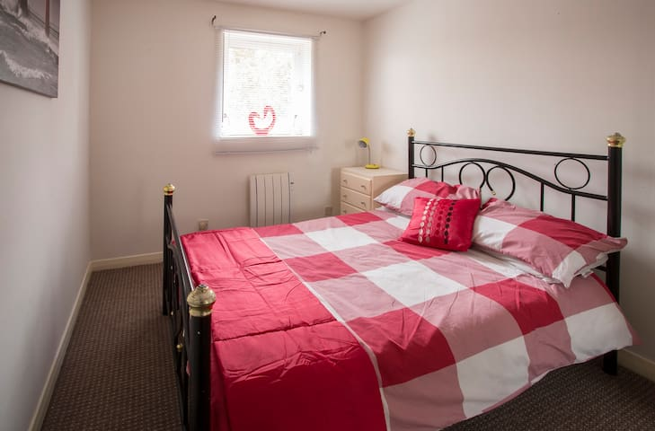 Glasgow apartment  sleeps 4 - Glasgow