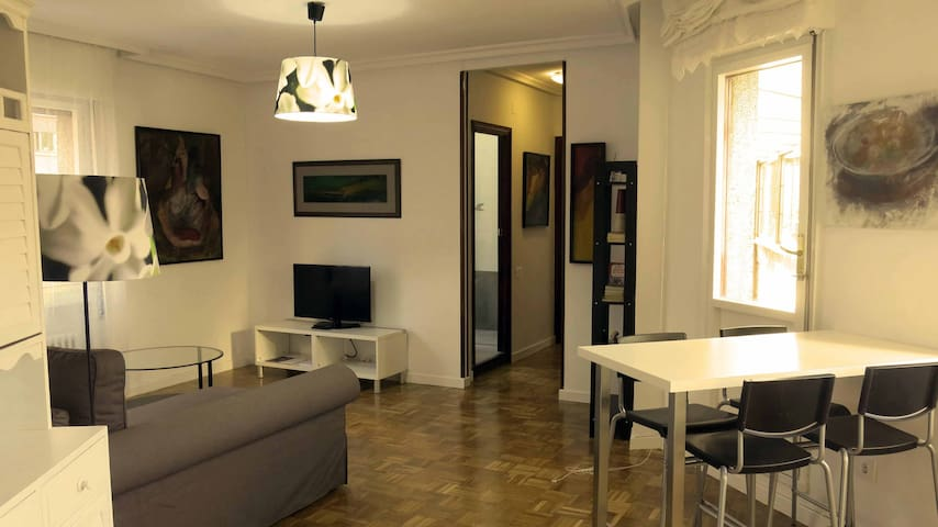 Maravilloso apartamento con parking - Oviedo