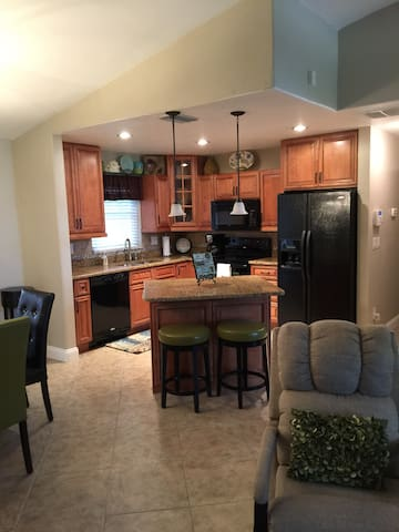 South West Cape Coral Vacation Home - Cape Coral - House
