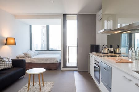 CBD Studio On Top Of The World - Melbourne - Apartemen
