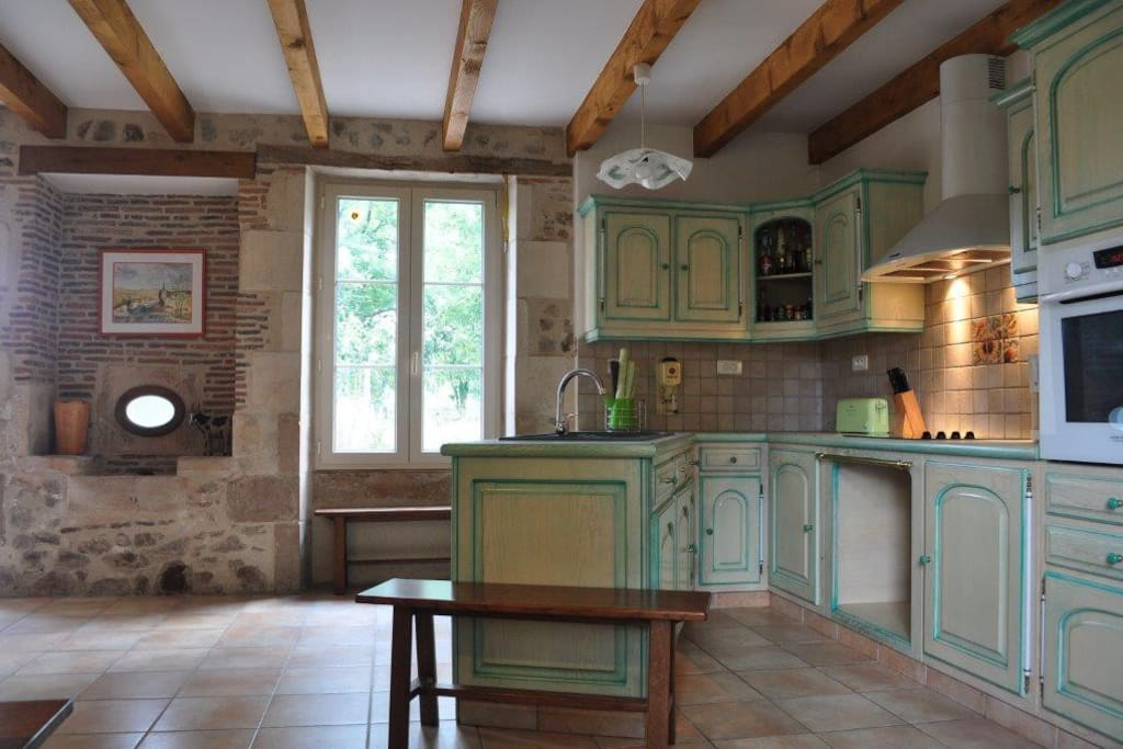 In this kitchen you'll find everything to cook great meals together