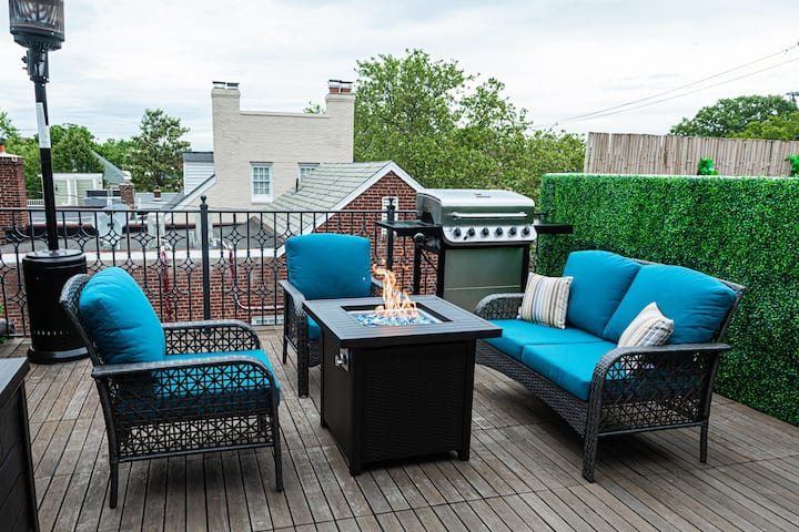 Sunny King St Oasis w Priv Rooftop│ <3 of Old Town