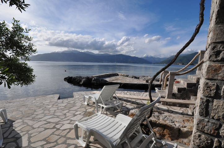 Apartment Tamara - Stone house - Tivat