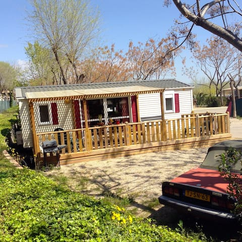Mobile home at 5 star campsite close to Barcelona.
