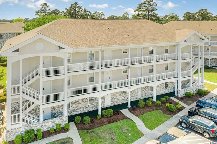 Golf course condo close to the beach.