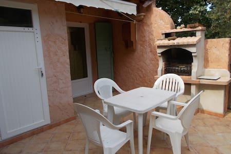 T2 en Provence avec terrasse de 19m2 - Rians