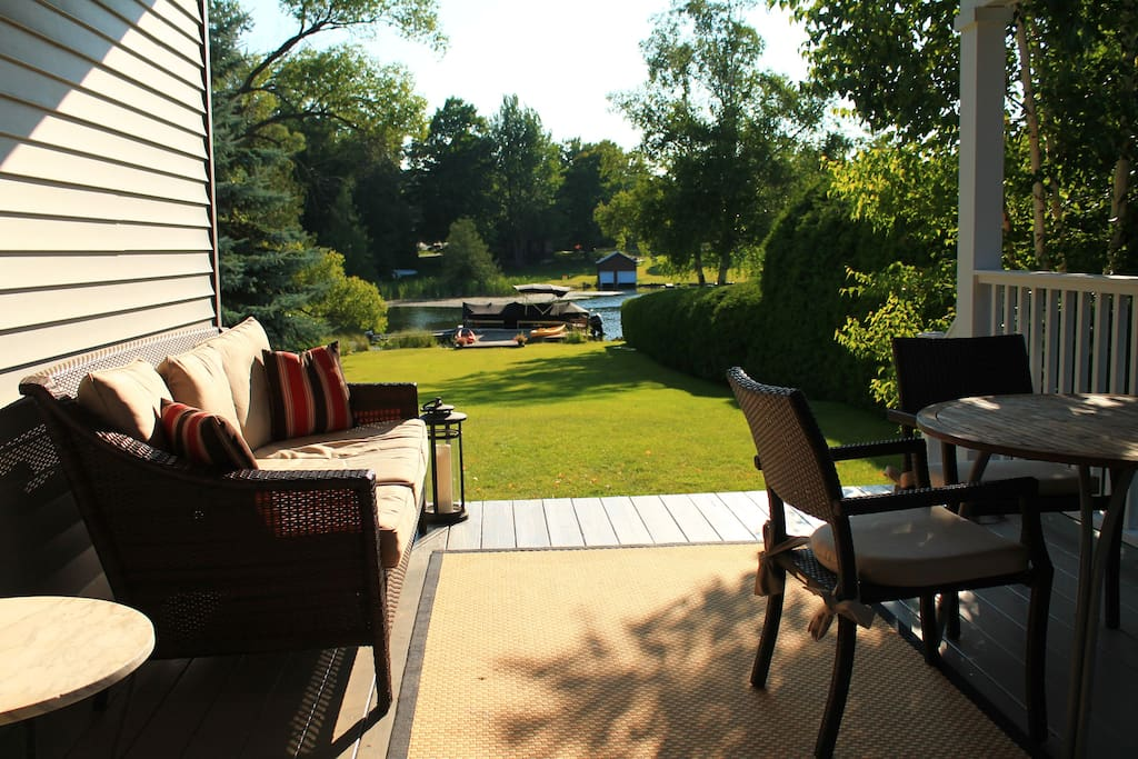 The White Birch Cottage offers 2 outdoor porches and a large dock perfect for lounging