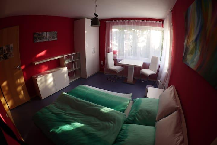 Schönes  Zimmer nähe Ammersee - Inning am Ammersee - Rumah