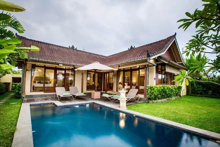 Villa Bali Green, 2 bedrooms, private pool.