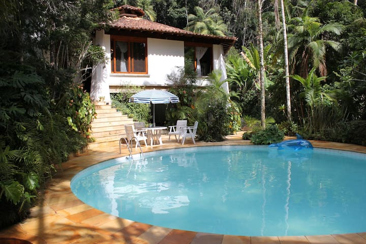 A HAVEN IN THE MOUNTAINS OF RIO DE JANEIR0 - Teresópolis - Hus