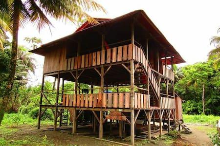 Casa Majagua en Playa La barra - House