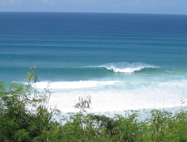 Surfer's Beach Apartment - Ocean view - Aguadilla - Departamento