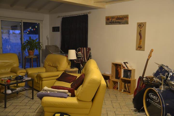 Chambre Proche Saint Emilion - Libourne - Huis