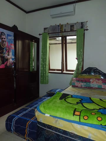 Private Room, Shared House - Minggiran