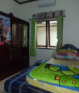 Private Room, Shared House - Minggiran - House