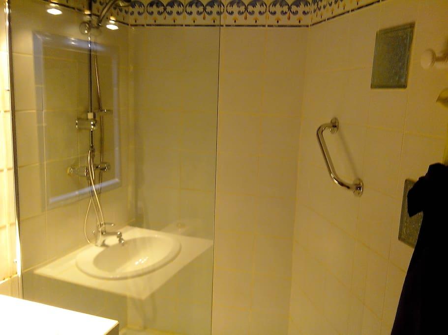 salle d'eau studio romarin