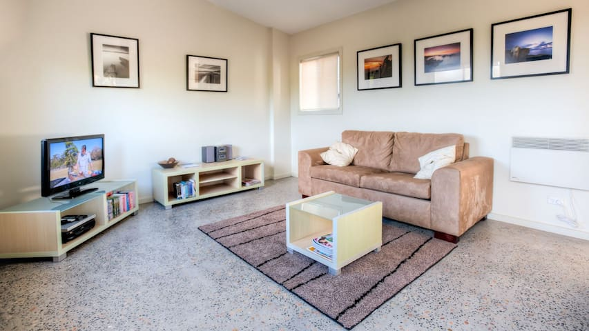 Self-contained unit - Coles Bay - Apartment