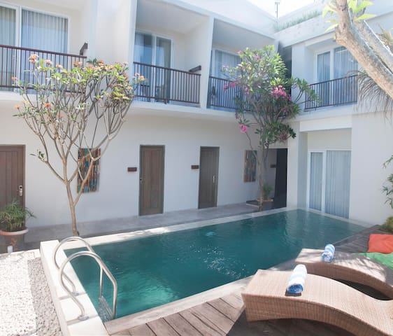 comfy twin shared central seminyak