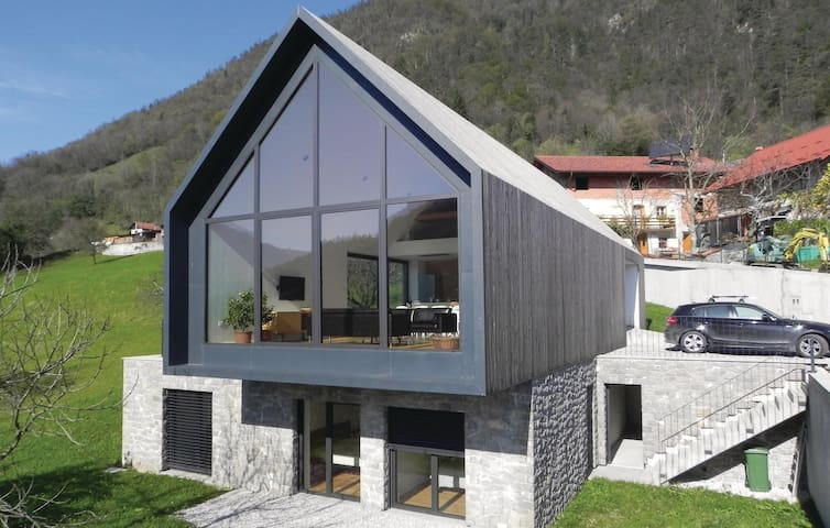 Holiday cottage with 3 bedrooms on 156 m² in Tolmin
