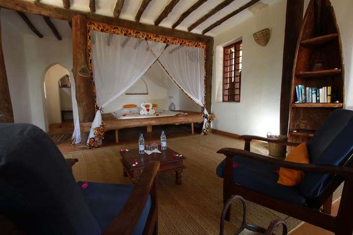 "Che Che Vule - Private Villa, ""PWEZA"" double room"