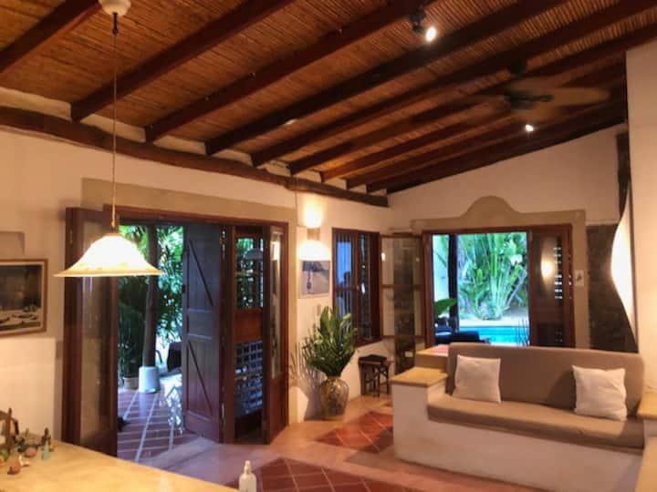 Elegante y Cómodo Rancho de 3 hab en Paraguachi