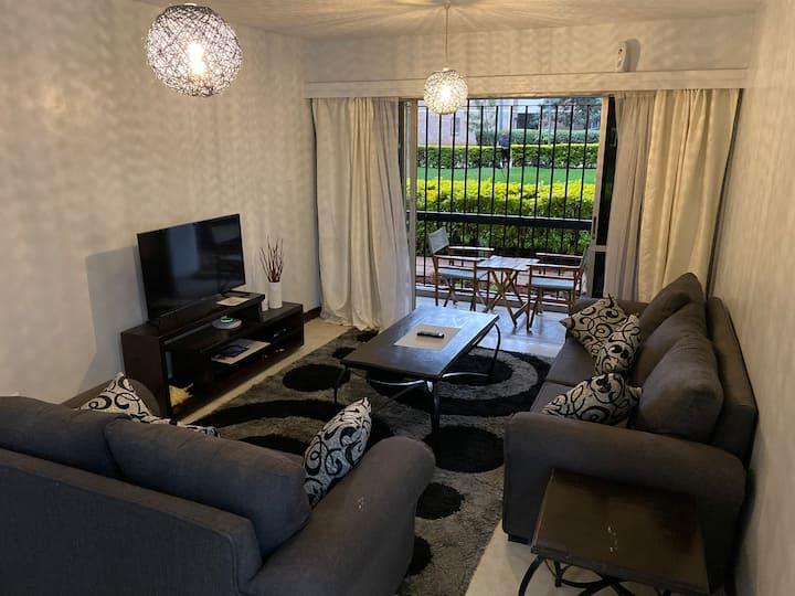 Executive 1 bedroom apartment in Hurlinghum