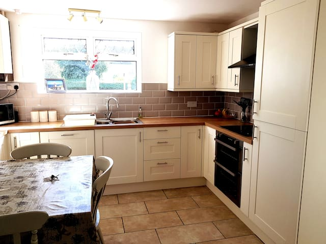 3 Bed room semi-detached house newly refurbished