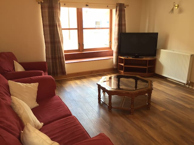Holiday home in Kirriemuir - Kirriemuir