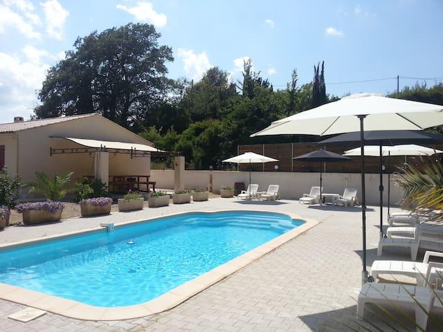 AIE PEPITA villa avec piscine - DRAGUIGNAN - Villa