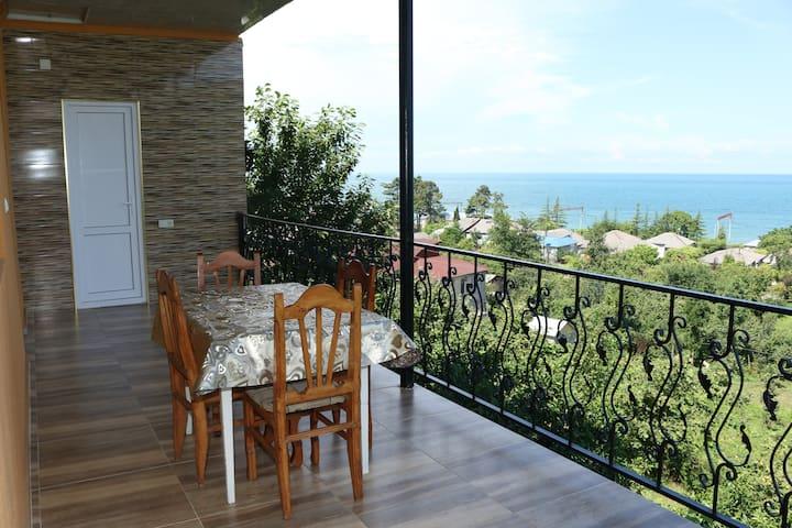 Гостевой дом у моря недалеко от Батуми - Kobuleti