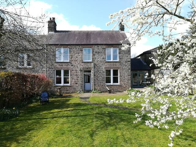 Beautiful country house in heart of Hathersage