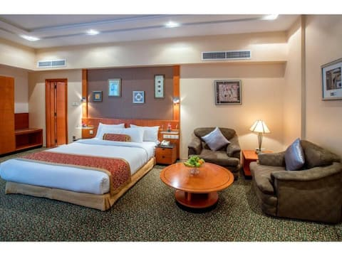 Luxurious Suite Executive At Seef